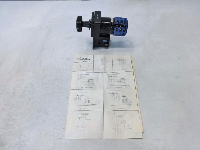 Kraus & Naimer A11 Cam Switch C27420-700 E