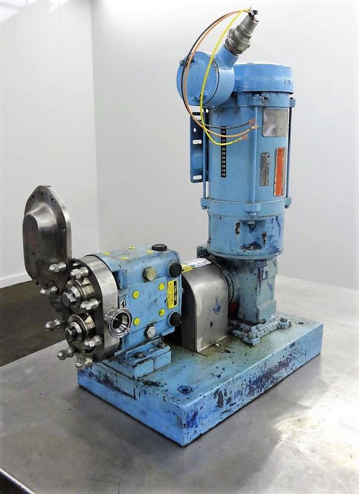 "Waukesha Positive Displacement Pump, Model 015U2AP, 1.5"" Tri-Clamp, Stainless"