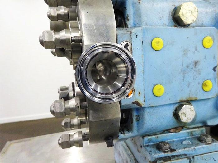 "Waukesha Positive Displacement Pump, Model 015U2AP, 1.5"" Tri-Clamp, Stainless"