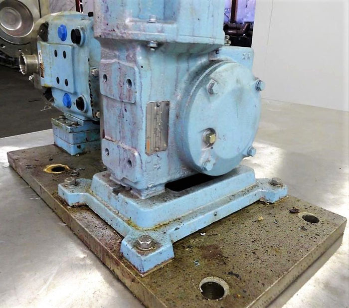 "Waukesha Positive Displacement Pump, Model 030U2AP, 1.5"" Tri-Clamp, Stainless"