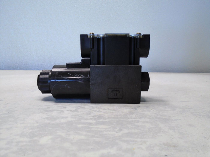 Yuken Directional Valve DSG-01-2B2-D12-6090-L