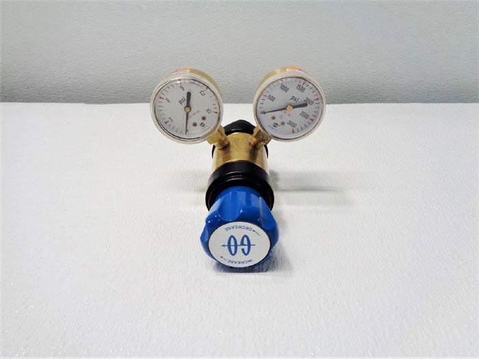 GO Pressure Regulator, 0 - 10 PSIG, 3600 PSIG Max Inlet, C2-2F1C11110001A3A3