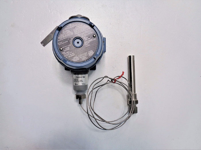 United Electric Controls Pressure Switch E122-2BSB