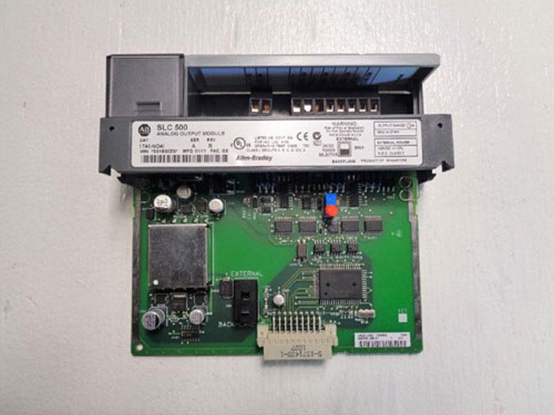 Allen Bradley SLC 500 Analog Output Module 1746-NO4I