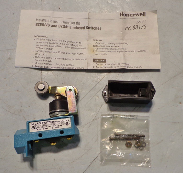 HONEYWELL MICROSWITCH SENSING & CONTROL BZE6-2RN2 - LOT OF (3)