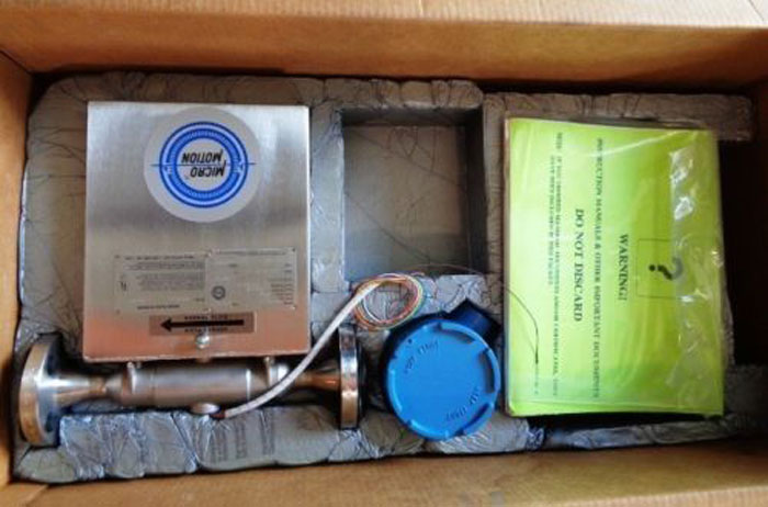 MICRO MOTION D-SERIES CORIOLIS FLOW METER DS040S114 (O)