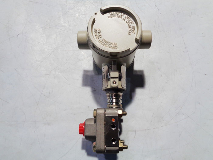 HONEYWELL SMART TRANSMITTER, MODEL#: STG140-E1G-00000-1C.MB-B67M