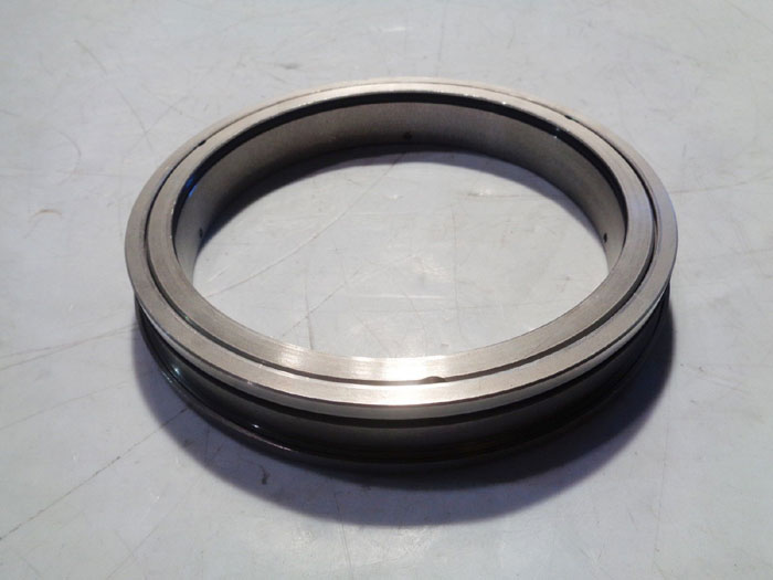LOT OF INPRO SEAL BEARING ISOLATORS
