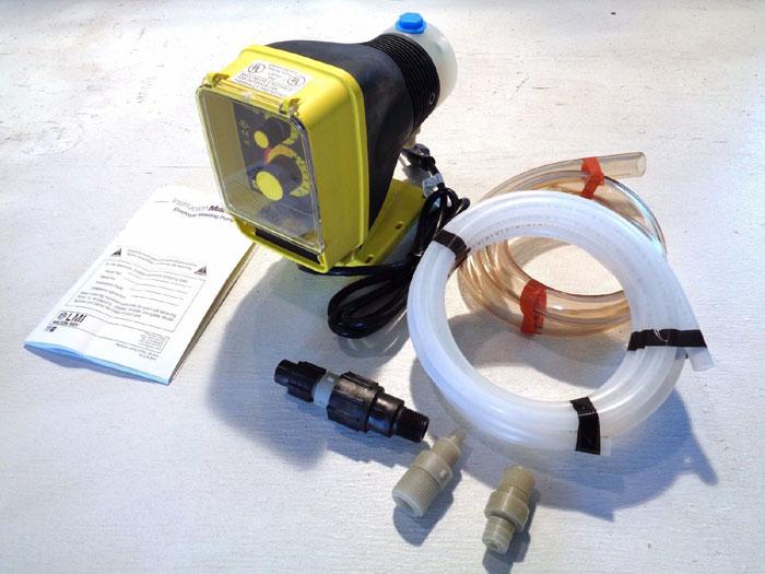 LMI MILTON ROY ELECTROMAGNETIC DOSING PUMP AA151-85HV