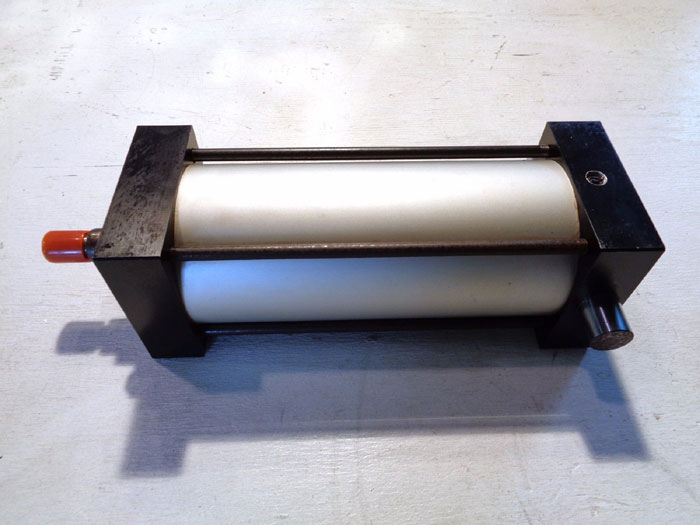 AIRPRO PNEUMATIC CYLINDER #250A-1TB400S1E0800-AB