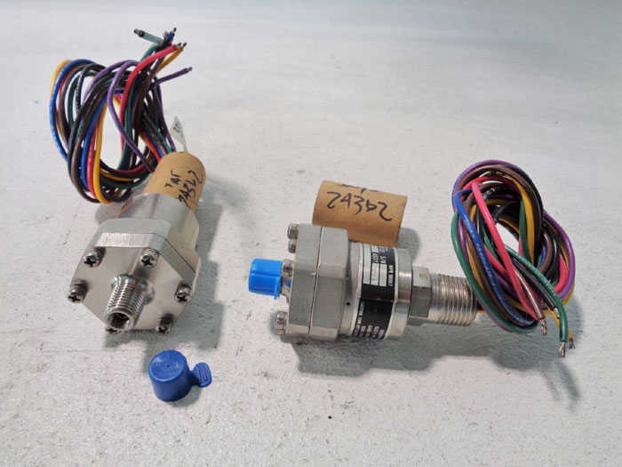 LOT OF (2) ITT NEO-DYN ADJUSTABLE PRESSURE SWITCH, EXPLOSION PROOF 130P42CC6BH