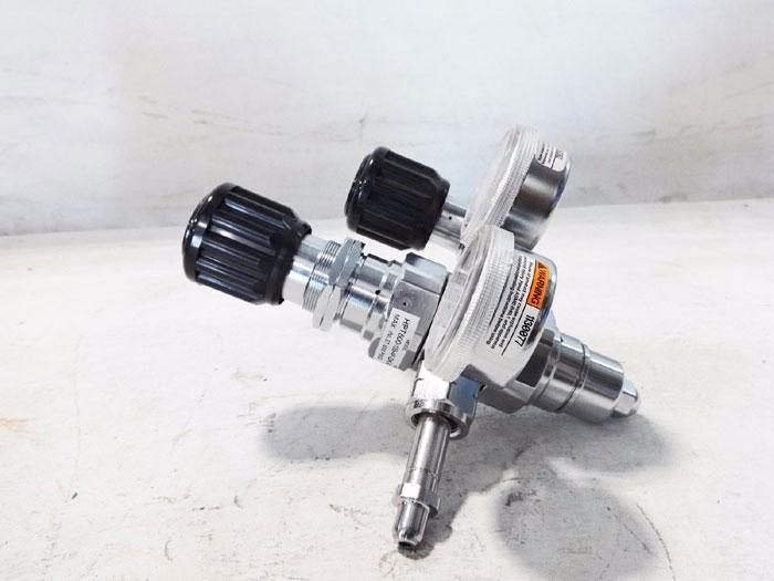 AGA COMPRESSED GAS REGULATOR HPT500-125-4F-DK-05