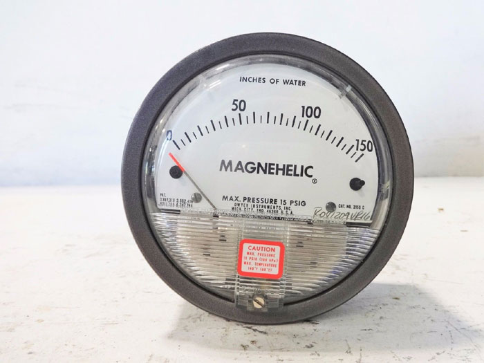 LOT OF (6) DWYER MAGNEHELIC DIFFERENTIAL PRESSURE GAUGES 2150C, 2030 & 2030C