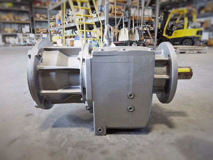 NORD HELICAL INLINE GEARBOX SK 72F VL N320TC