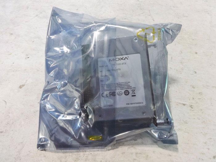 MOXA FAST ETHERNET MODULE PM-7200-8TX