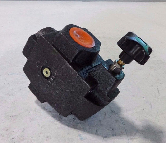 "VICKERS 1-1/4"" HYDRAULIC RELIEF VALVE CT 10 B 30"