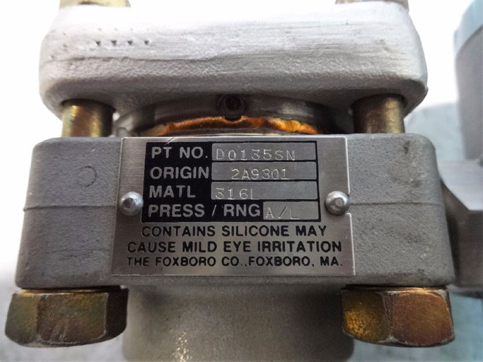 FOXBORO ELECTRONIC TRANSMITTER 821AM-HS1SL1-M