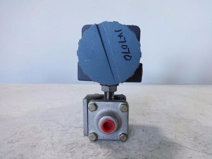 FOXBORO ELECTRONIC TRANSMITTER 821AL-IS1NL2-M