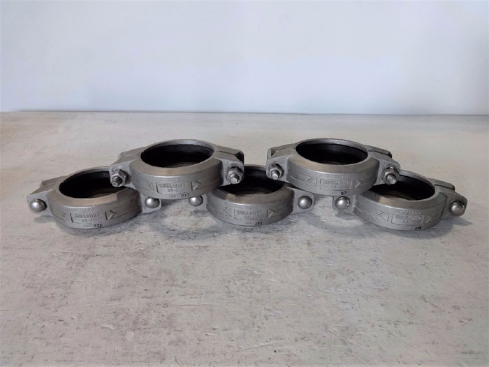 """LOT OF (5) SHURJOINT 4"""" FLEXIBLE COUPLING SS-7 304 STAINLESS STEEL"""