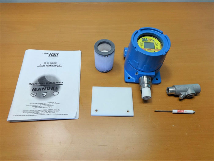 SCOTT INSTRUMENTS SERIES 4600-IR GAS PLUS INFRA-RED GAS TRANSMITTER