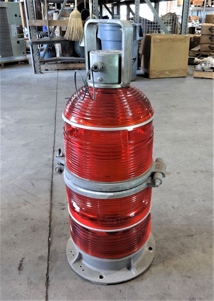 COOPER CROUSE-HINDS FAA TYPE L-864 FLASHING RED BEACON LIGHT 44389C-TH