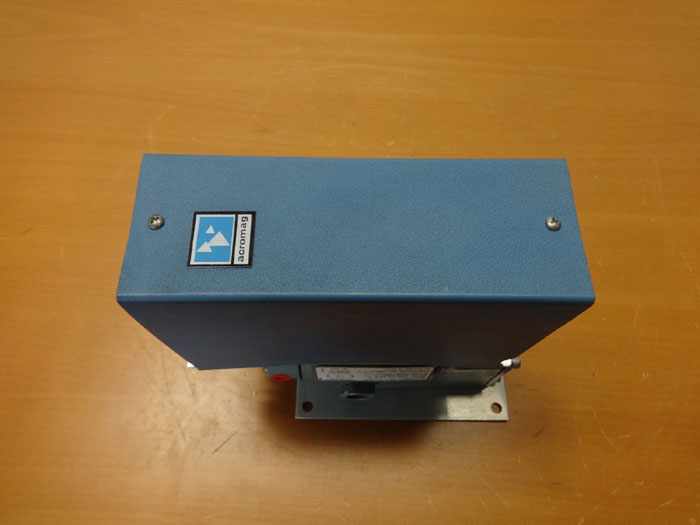 MOORE TRANSDUCER 77-16 WITH ACROMAG PNEUMATIC TRANSMITTER 160T-FM-1