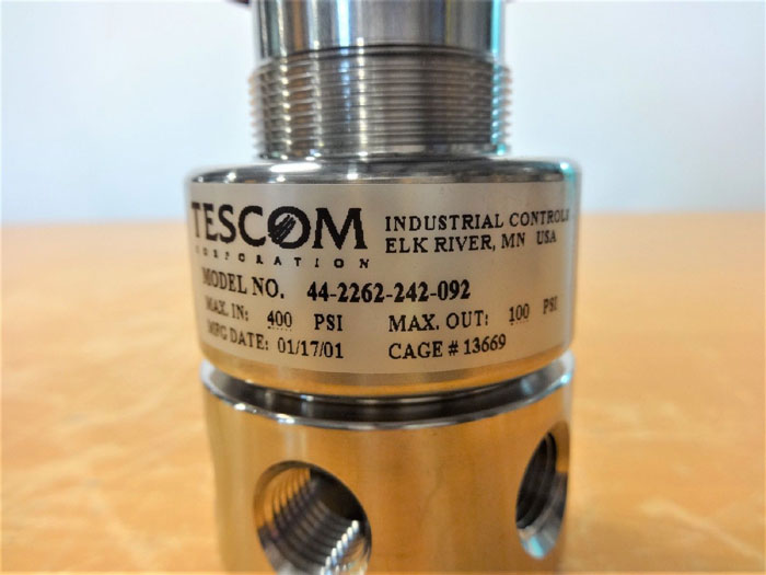 TESCOM 44-2262-242-092 PRESSURE REDUCING REGULATOR, STAINLESS STEEL, 400 PSI