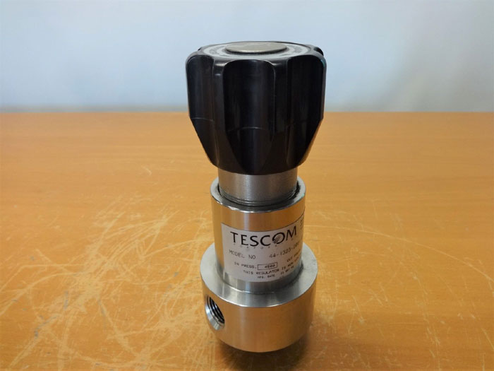 TESCOM 44-1323-2081-019 PRESSURE REDUCING REGULATOR, STAINLESS STEEL, 4500 PSI