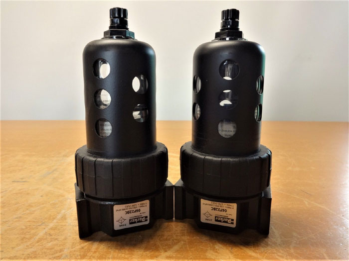 "LOT OF (2) PARKER 3/8"" PNEUMATIC COMPACT AIR FILTER 06F22BC"