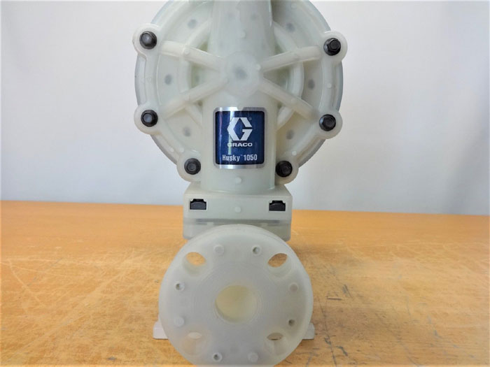 GRACO HUSKY 1050 PLASTIC AIR-OPERATED DOUBLE DIAPHRAGM PUMP 649030