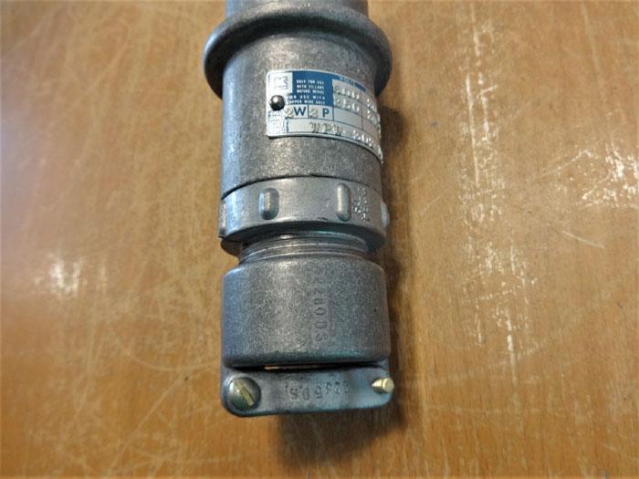 KILLARK 600V, 30A, 2W, 3-POLE PIN & SLEEVE RECEPTACLE PLUG WPW-302-D123