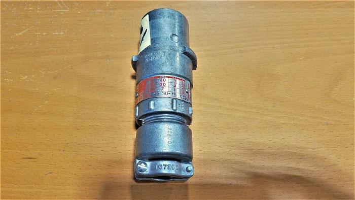 KILLARK KP-304D45 SU-78 PIN & SLEEVE RECEPTACLE PLUG, 3W, 4P