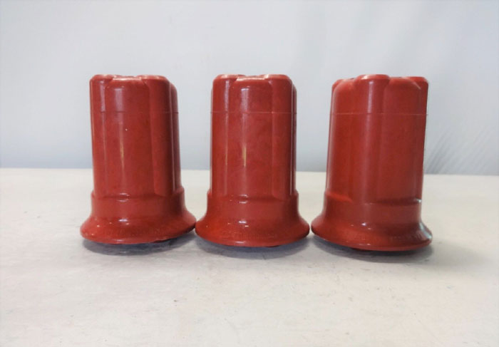 LOT OF (3) ROCHLING GLASTIC INSULATOR FG44640-15-15KV-10