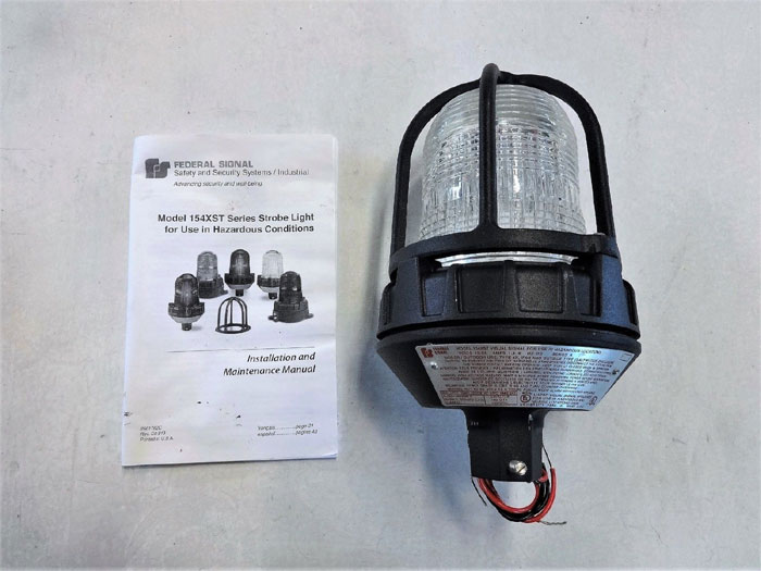 FEDERAL SIGNAL CLEAR STROBE LIGHT FOR HAZARDOUS LOCATIONS #154XST-1224C