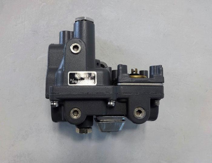 Moore 74N H/FR Valve Positioner, B/M 12372-74N/21UI