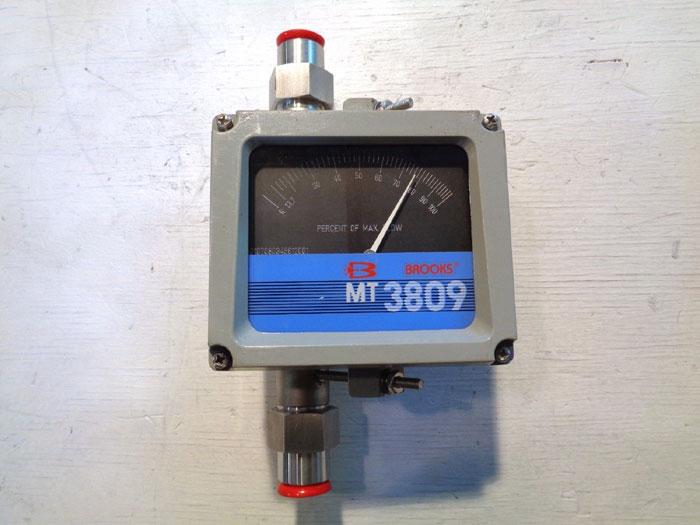"""BROOKS 1/2"""" MT3809 VARIABLE AREA FLOW METER 3809E12C1JAAAA1"""