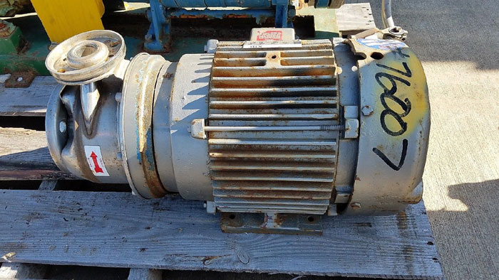 Goulds 4STK2 Centrifugal Pump, Size 1-1/4 X 2-6, Stainless Steel w/ 7.5HP Motor