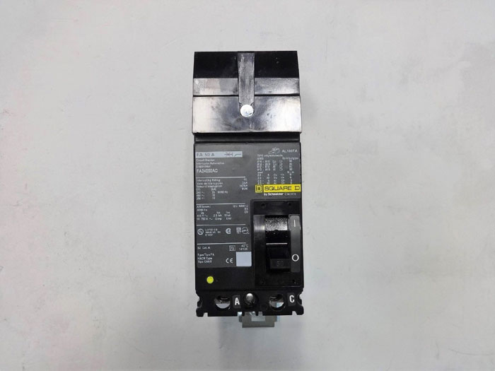 Square D, 50 Amp, 2 Pole, Molded Case Circuit Breaker FA24050AC