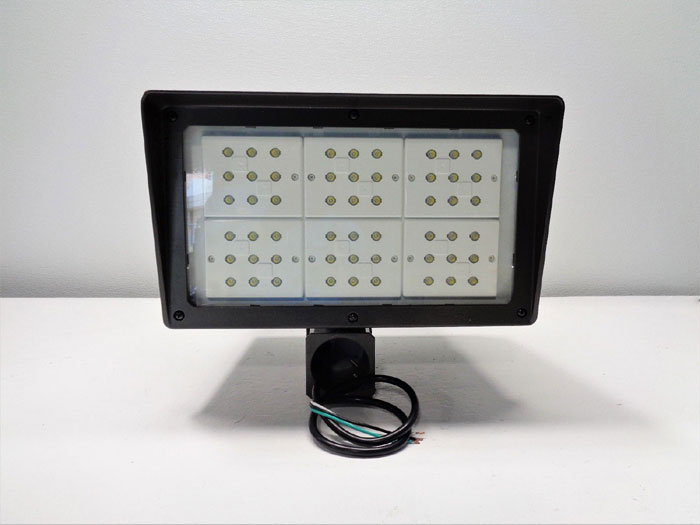 Atlas Alpha Series 162W LED Power Flood Pro Light Fixture PFXL162LEDS