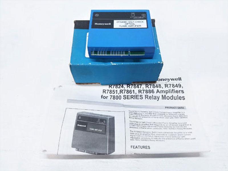 Honeywell Dynamic Ampli-Check Optical Flame Amplifier R7851 C 1008