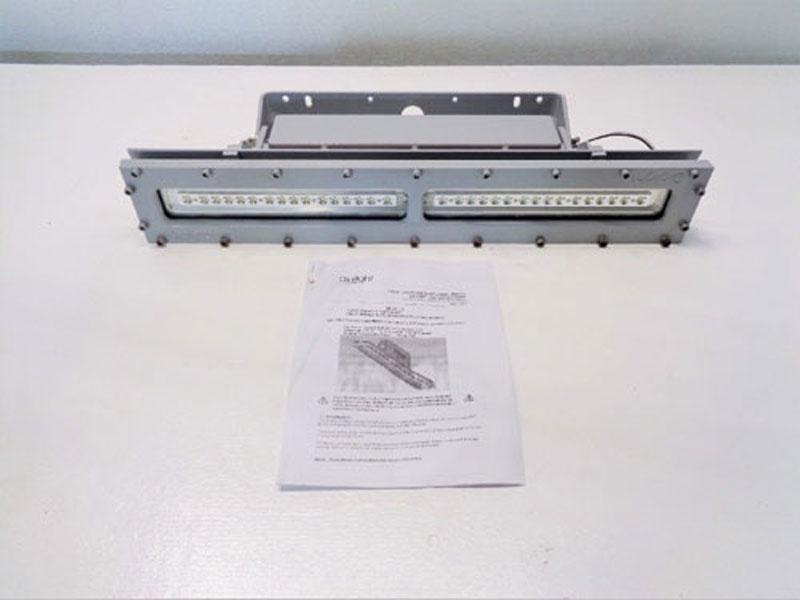 Dialight Safesite LED Linear Fixture LSC3C4D3GEXDR, 33 Watt, 100-277 Volt