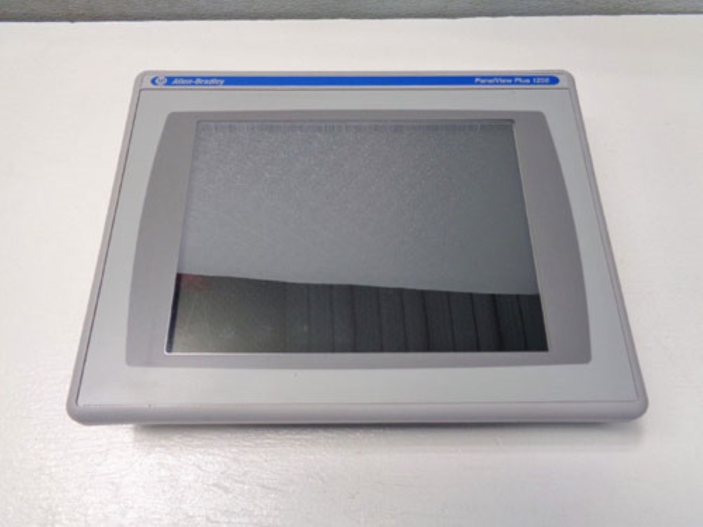 Allen Bradley 1250 Panelview Plus Display 2711P-T12C4D8 w/Logic Module 2711PRP8D